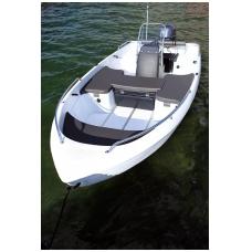 Plastikinė valtis Pioner 15