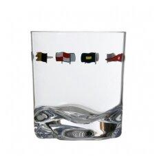 Regata vandens stiklinės
